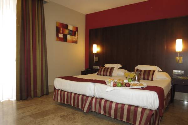 Double room with an extra bed Boutique Atrio Hotel in Valladolid
